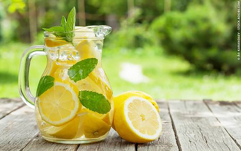 Healthy Lemon Juice Mix that Can Stop Migraines Instantly