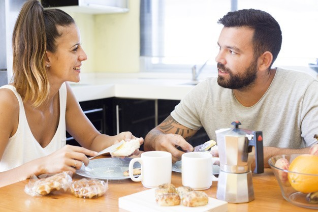 7 Signs That Your Partner Is Still In Love with you